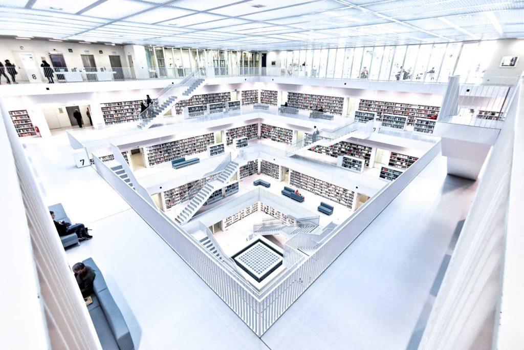 architekturfotografie, architekturfotograf, Architektur, Architekturfotografie, Hamburg, Berlin, Iris König, Bibliothek, Stuttgart